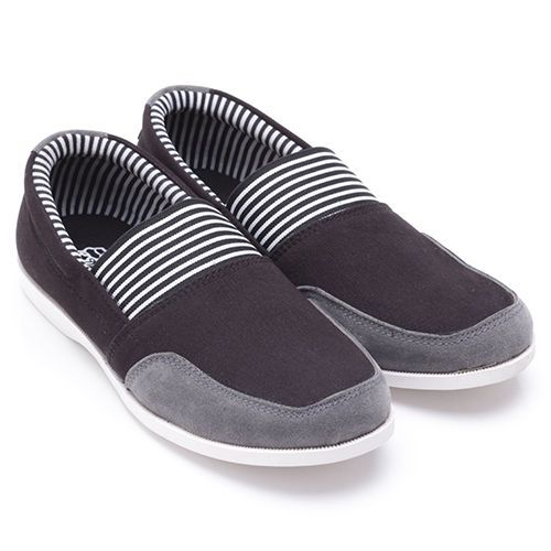 Original Sepatu Dr.Kevin Louisiana - Hitam | Deskripsi : Sepatu Kasual Warna Hitam Upper Kanvas/ Suede Sole TPR | Ketersediaan Size = 39, 40, 41, 42, 43 |  IDR  339.000