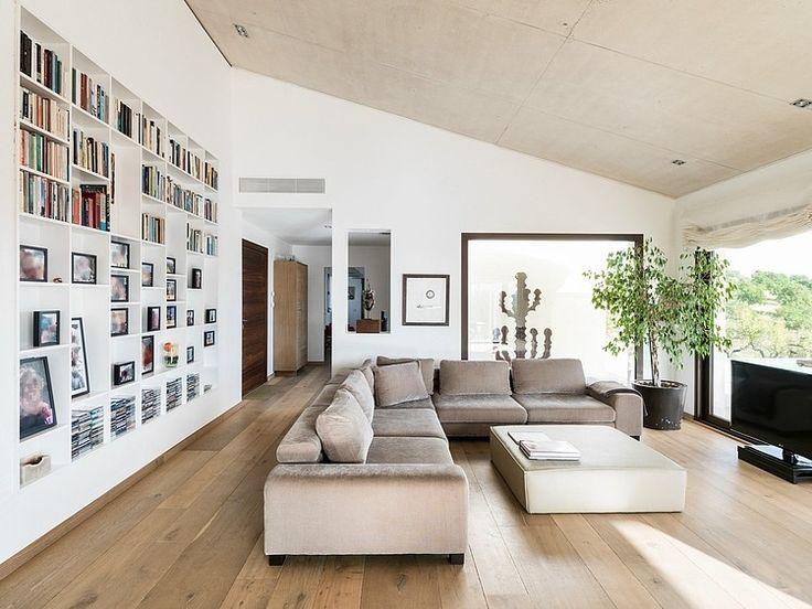 Bibliothèque encastrée #bookshelves #shelving #modern   Modern Family Residence by Marga Rotger