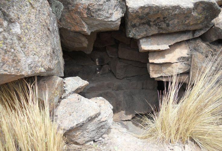 entrance inca pukara Bolivia