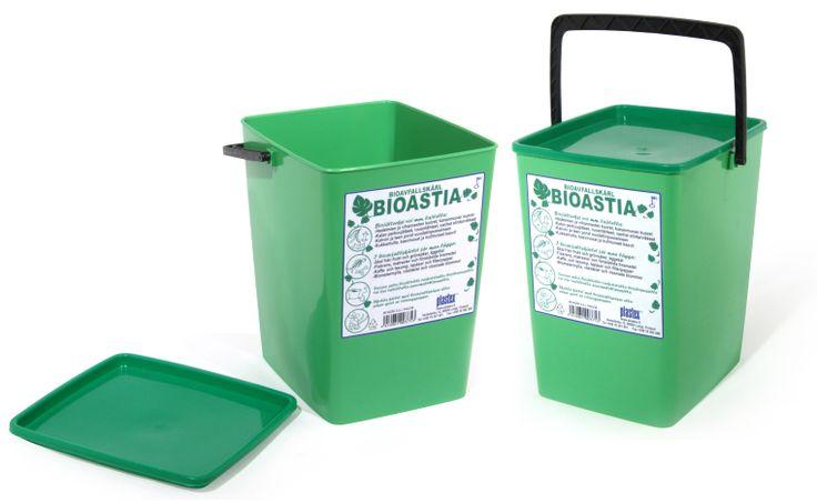 Bioastia on morderniin kotiin oiva väline biojätteiden keräämiseen. Vanhasta sanomalehdestä saa helposti taiteltua tarvittavan pussin biojätteille. Container for Bio-waste with proper lid, spacious plus handle to carry it anywhere. Made in Finland.