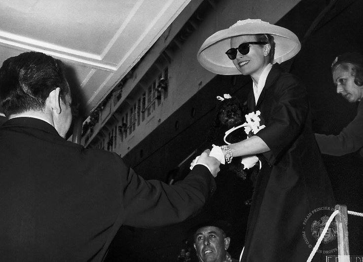 Am 18. April 1956 hat Fürst Rainier III von Monaco der Amerikanerin Grace Kelly das Ja-Wort gegeben und sie zu Prinzessin Gracia Patricia gemacht. GALA ...