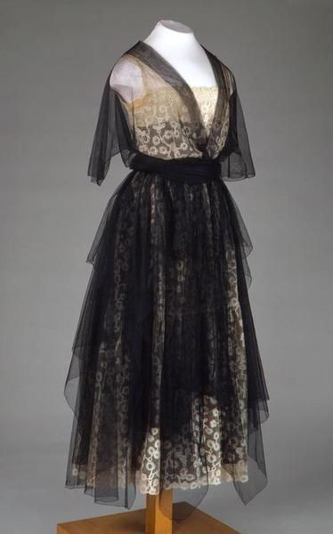 Evening Dress  Russia, 1920s  Name: Evening Dress Place of creation: Russia Manufacture, workshop, firm: N.P. Lamanova's Workshop Date: 1920s School: Moscow Material: lace, tulle and silk Inventory Number: ЭРТ-18060