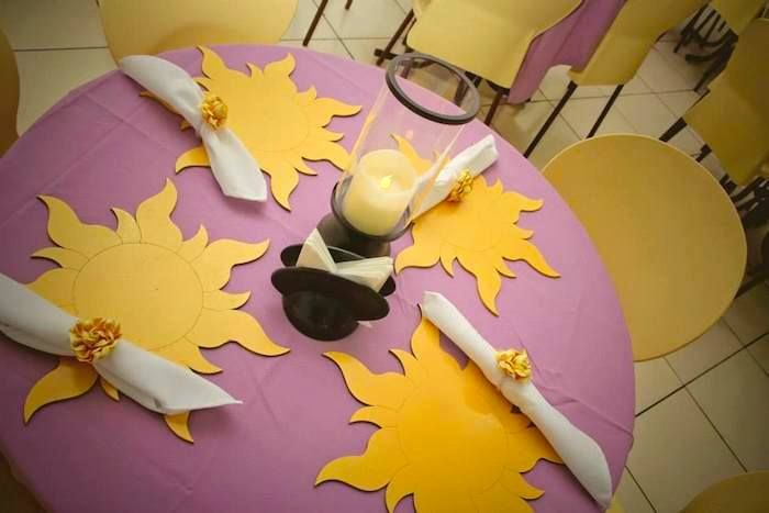 Tangled + Rapunzel themed birthday party : Placemats Idea