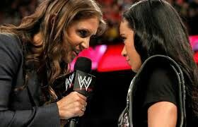 This pic means more now. Aj lee is fighting with Stephanie McMahon on twitter!!!
