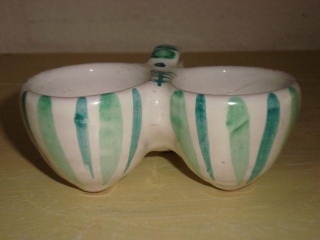 RAS saltkar/salt cellar. År/year 1940-50s. #RAS #saltkar #saltcellar #keramik #ceramics #pottery #danishdesign #nordicdesign #klitgaarden. SOLGT/SOLD from www.klitgaarden.net.