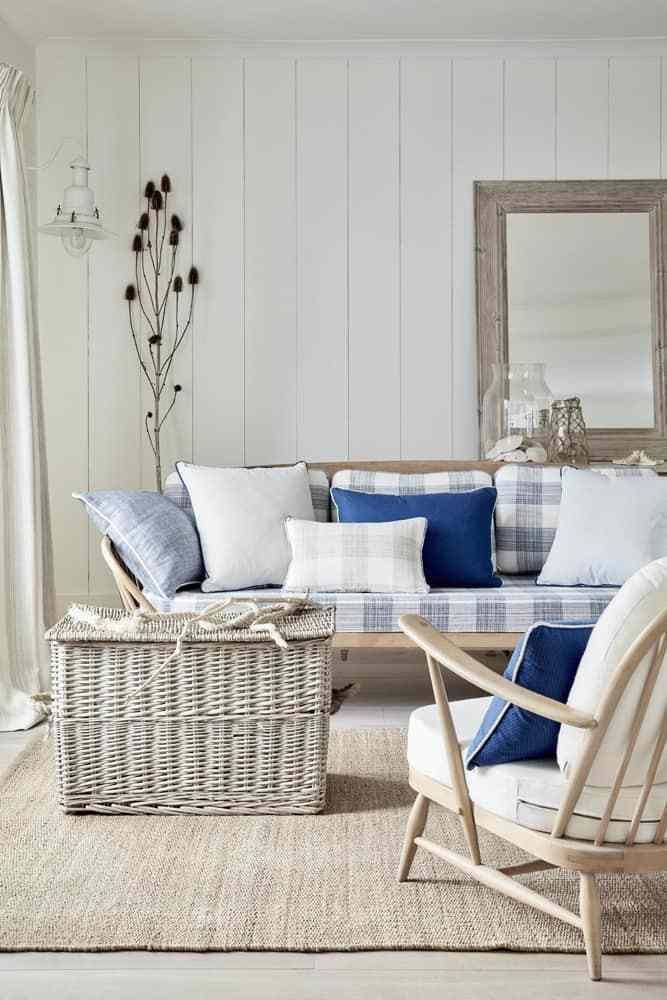 Formal Dining Table Setting Ideas, My Favorite Interior Styles Series Coastal Style Hydrangea Treehouse Coastal Bedroom Decorating Coastal Living Rooms Beach House Decor