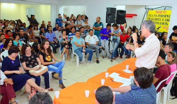 Ricardo Coutinho anuncia passe livre para estudantes do ensino médio | Tô de Olho Em Você
