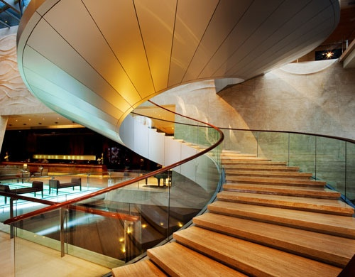 luxury-hotel-staircase-design
