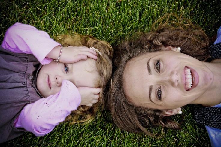 Mom & Daughter Photo Idea.