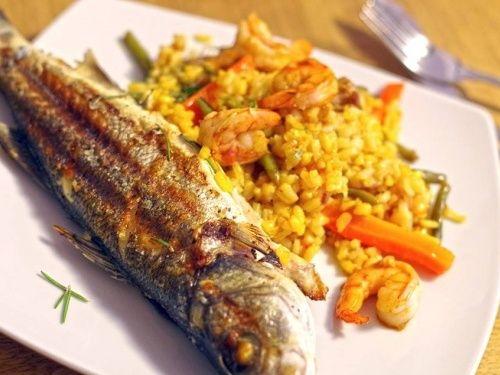 Lup de mare la grătar şi paella cu creveţi - imagine 1 mare