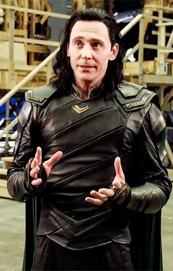 La Historia de Loki | Disney Planet (https://www.youtube.com/watch?v=M-c9UuAAMdE&feature=youtu.be )
