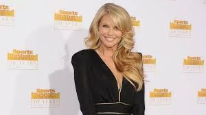 Christie Brinkley Says Her Kids Would Be 'So Embarrassed' If She ...