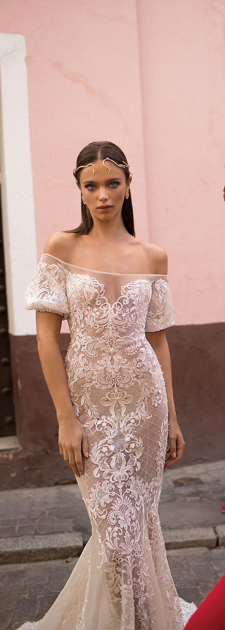 386 best Wedding Dress images on Pinterest | Wedding frocks, Bridal ...