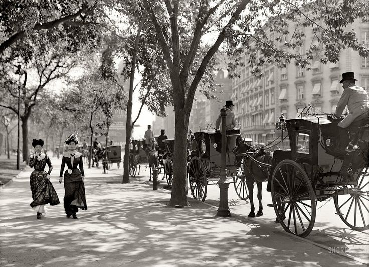 New York 1900 (possibly Madison Square Park, Broadway above 23rd Street, pre Flatiron Building of 1902)