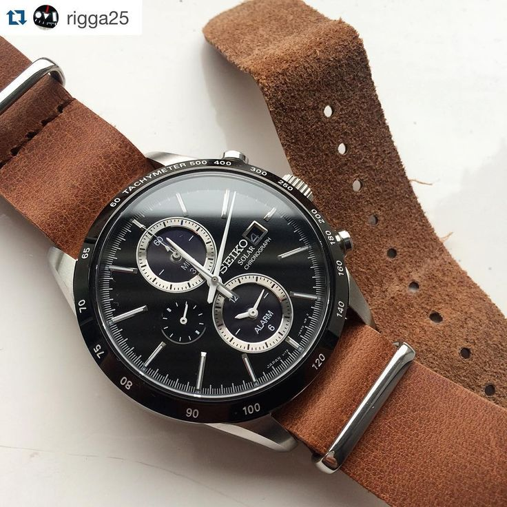 """""""Classic chronograph combination. By the always awesome @rigga25. Strangely enough, a black watch almost always looks great on a brown strap; this is the…"""" http://www.amazon.com/SEIKO-SPIRIT-Solar-chronograph-SBPY119/dp/B00LJU9WXQ"""