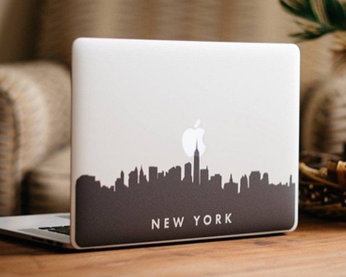 This New York City Skyline Macbook Decal can complement the iconic beauty of your MacBook's backlit Apple logo.