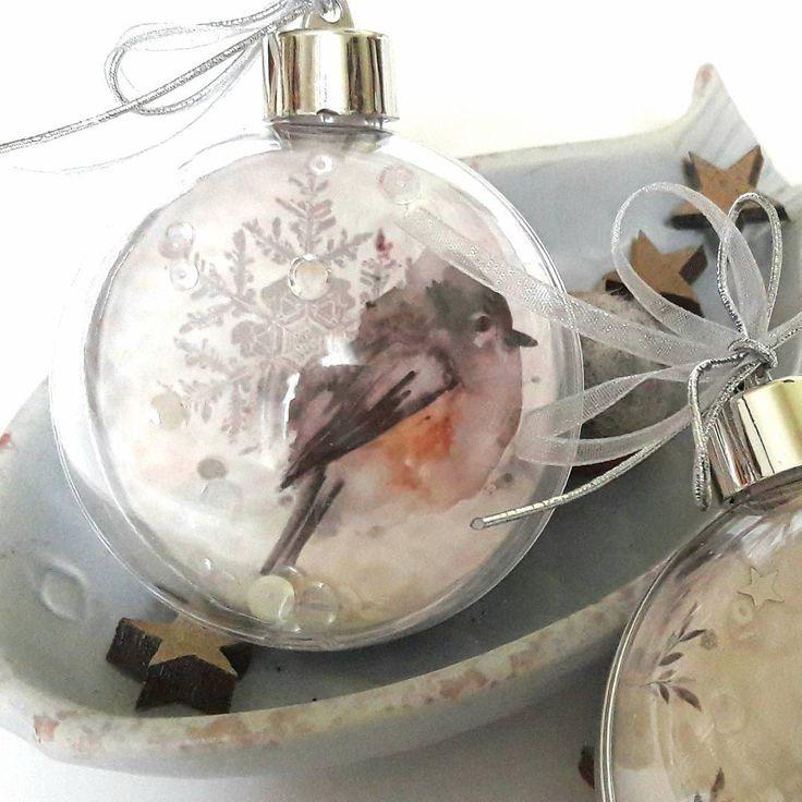"""Individuelle Weihnachtskugeln """"Frost- Papiere"""" von @charlieundpaulchen.de  #werbung #charlieundpaulchen  #weihnachten #Weihnachtskugeln #weihnachtsdeko"""