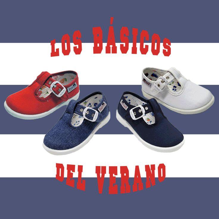 Zapatillas de lona para #niño en cuatro colores, con cierre de hebilla. Moda en #calzadoinfantil