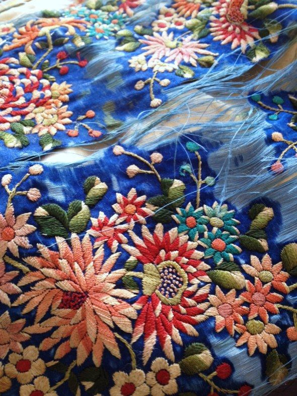 Embroidery in decay can be even(and often is) more beautiful than the perfect, new article. delicate + perishing Chinese silk embroidery
