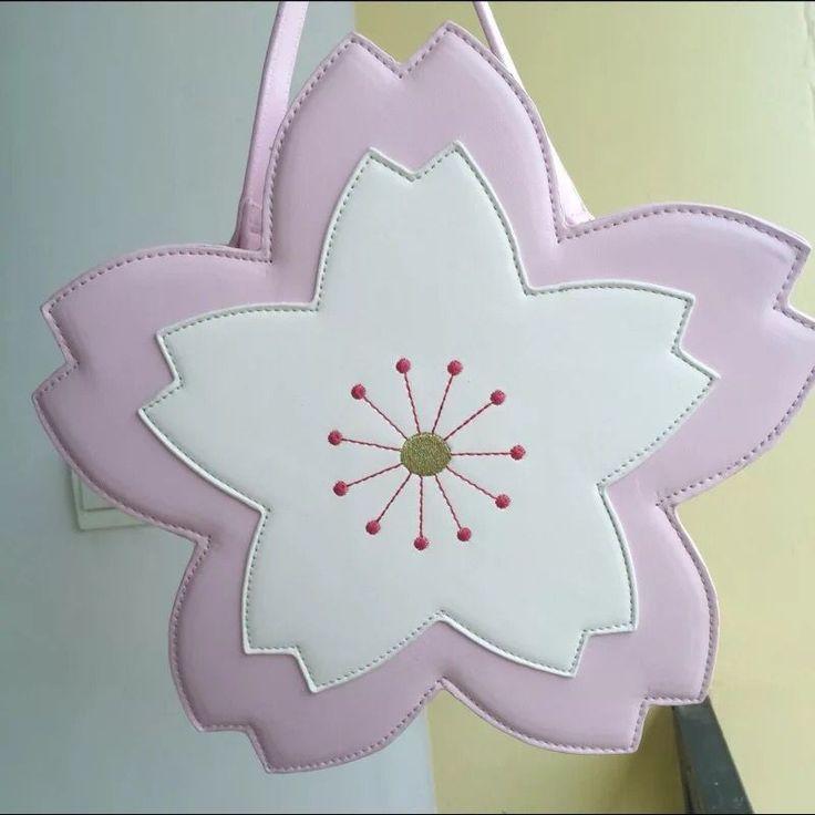 Sakura cross body bag lolita meisjes harajuku sherry blossom bloem handtas japanse stijl borduurwerk leuke handtassen in Sakura cross body bag lolita meisjes harajuku sherry blossom bloem handtas japanse stijl borduurwerk leuke handtassen van op AliExpress.com | Alibaba Groep