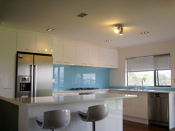 High Gloss Engineer Stone Splashback But Different