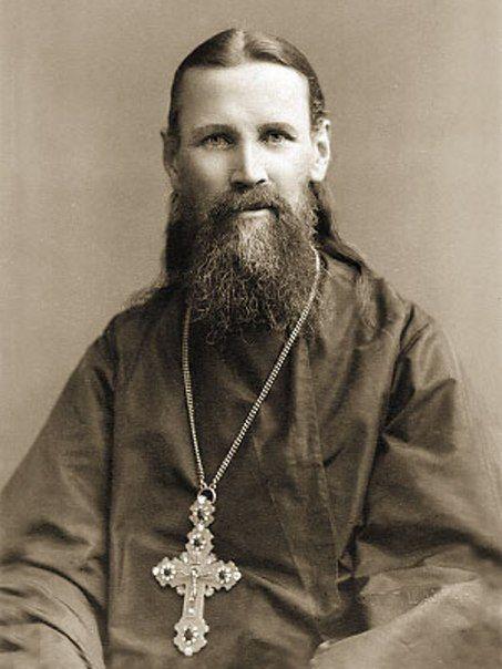 Святой Иоанн Кронштадский: Отец Иоанн умер 20 декабря (2 января) 1908 года. Умер таким же бедным, каким и пришел на эту землю — после себя батюшка не оставил ни распоряжений, ни имущества.