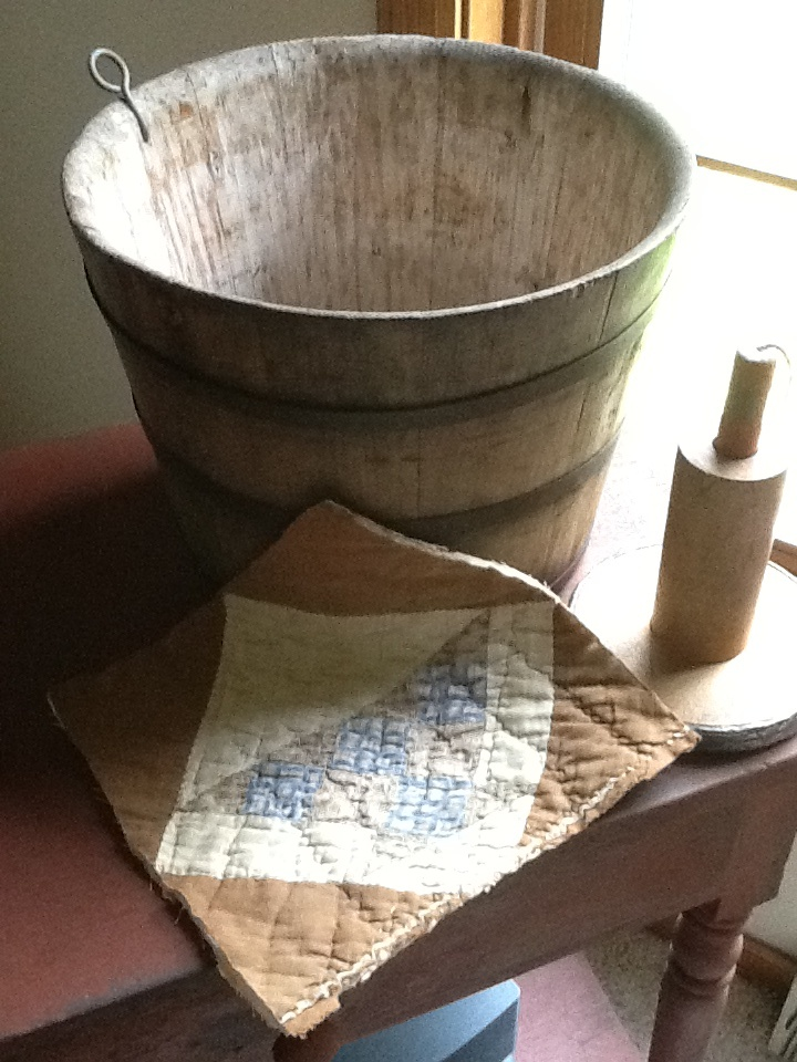 137 Best Rustic Great Rooms Images On Pinterest: 137 Best Images About Buckets And Benches On Pinterest