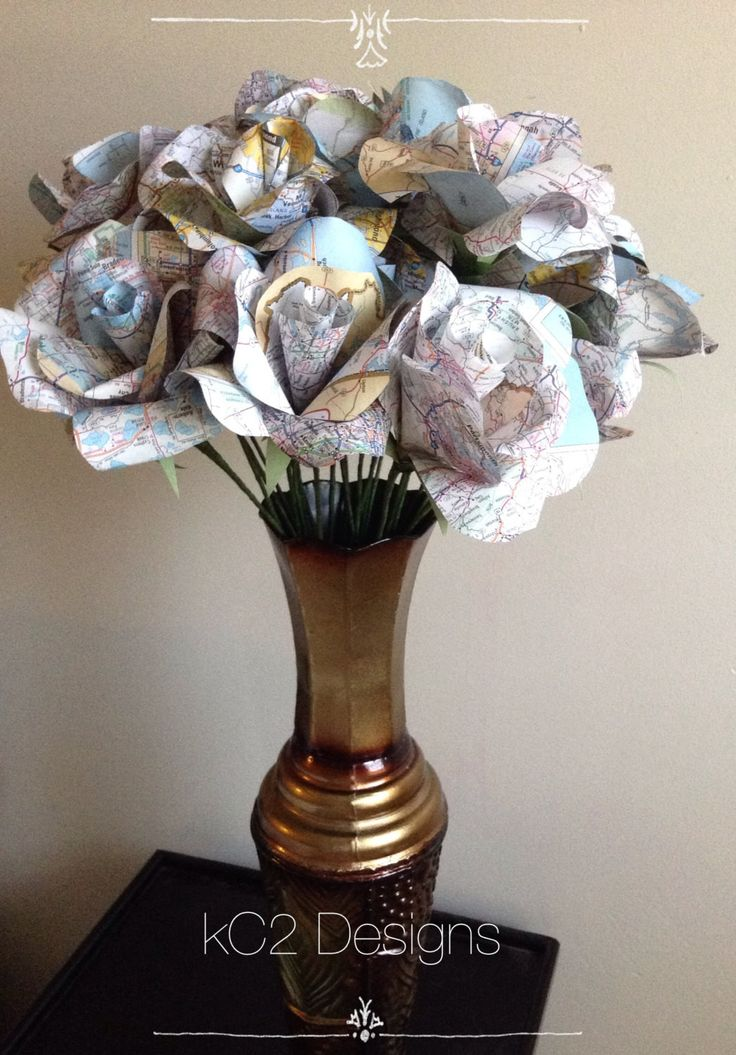 Map paper roses. Set of paper roses. Wedding centerpiece. Bridal bouquet. YOUR COLORS. Map page flowers. Travel wedding. Book page.