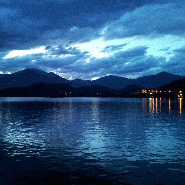 Lago di Avigliana: Laghi Italiani, Lake, Piemonte Turistico, The World, Di Avigliana