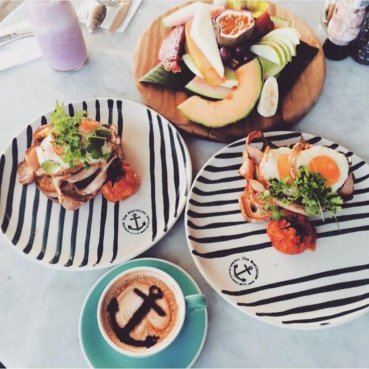 Breakfast on stripes    photo @angela_ferreira