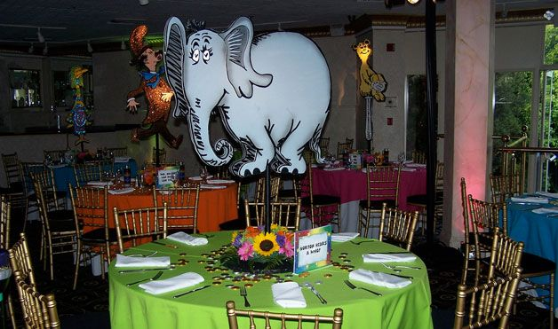 dr suess tablescapes