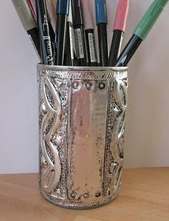 Tin can art- fun idea, now I need to find an how-to