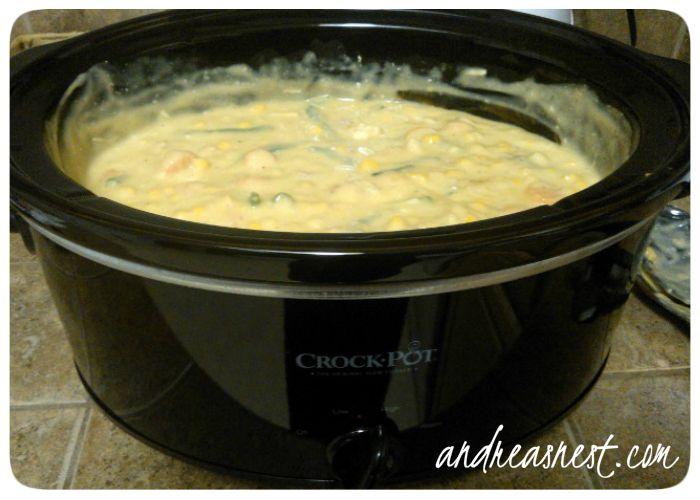 Crockpot Chicken Pot Pie - Easy Crockpot Recipe