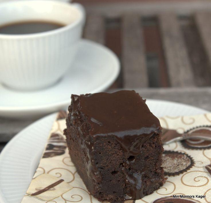 Chokolade-saltkaramelsauce