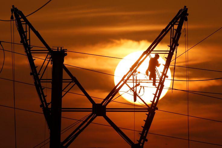 Energía devueve a las empresas el bono social con cargo al superávit del sistema eléctrico