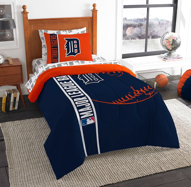 Detroit Tigers MLB Twin Comforter Bed in a Bag Soft & Cozy 64in x 86in