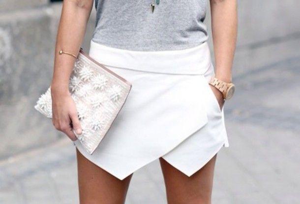 Asymmetrical short white skirt