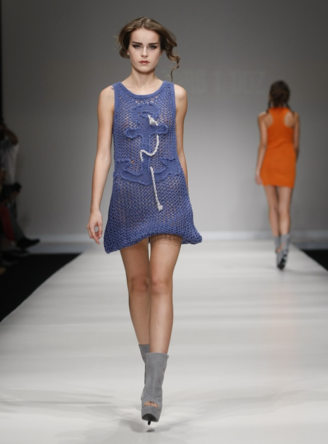 istanbul fashion week  SS12 collection 2 ters 1 duz by ipek arnas
