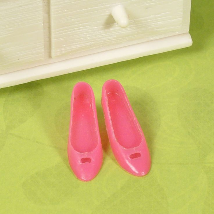 Mod Francie 1242 Altogether Elegant 1232 Two f/ Ball Hot Pink Cut Out Heels VGUC #Mattel #ClothingShoes