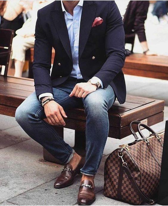 0141c335a9 Outfits informales con blazer para hombre