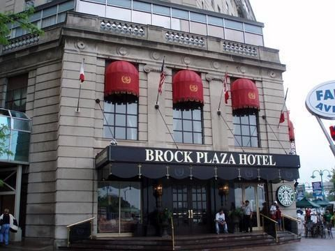 Brock Plaza Hotel, Niagara Falls - 824 Hotel Reviews, Photos, & Rates - VirtualTourist