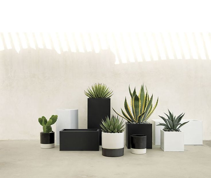 patio m bel und dekor trend in fett schwarz und wei schlafzimmer kleine zimmer und ein. Black Bedroom Furniture Sets. Home Design Ideas