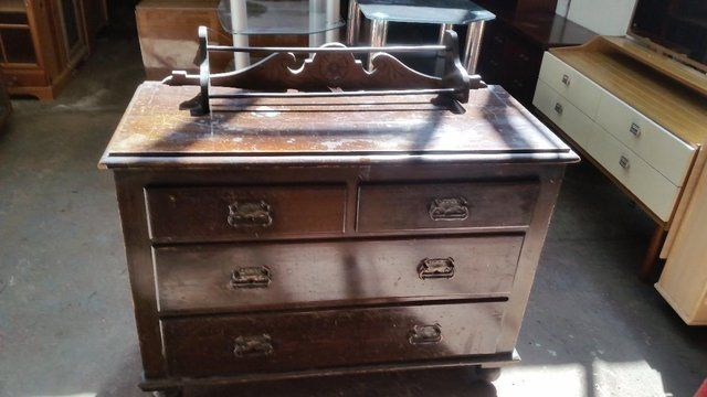 Antique Mahogany Chest of Drawers For Sale in Dewsbury, West Yorkshire