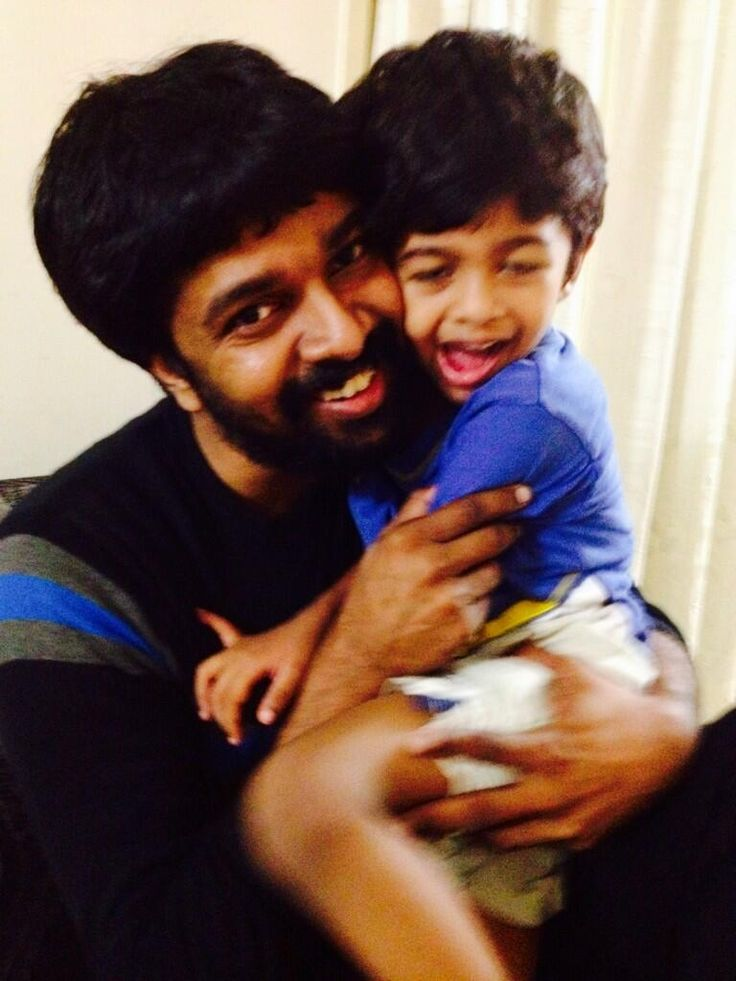 Madhan Karky With His Son