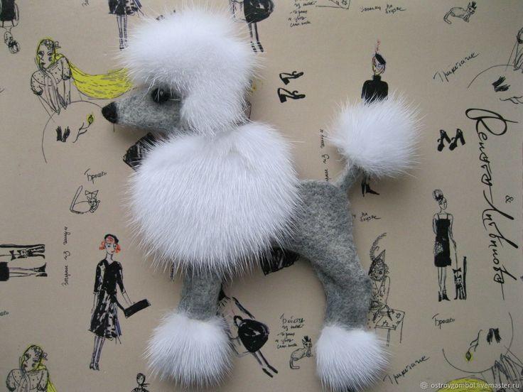 Купить Брошь собака пудель (валяная) в интернет магазине на Ярмарке Мастеров