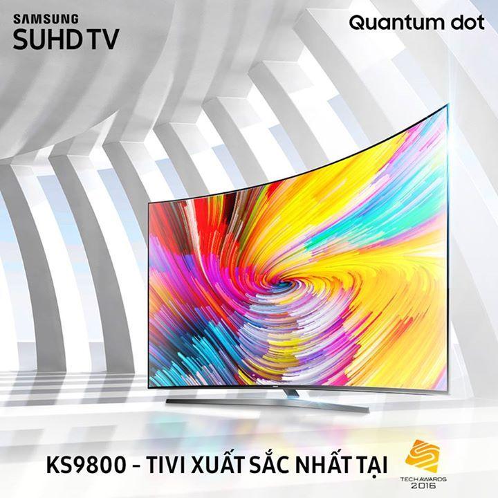 """Được trang bị công nghệ Quantum dot hiển thị tỷ sắc màu cùng hỗ trợ HDR 1000 nít và giao diện Smart TV tối ưu hóa tiện ích, TV KS9800 hội tụ đầy đủ yếu tố để tiến đến ngôi vương """"Tivi xuất sắc 2016"""" trong Tech Awards, chương trình bình chọn thường niên của báo điện tử VnExpress. Đây cũng là chiến thắng thứ hai liên tiếp của Samsung TV tại giải bình chọn uy tín này. Samsung xin cám ơn người tiêu dùng đã luôn ủng hộ và bình chọn cho TV KS9800. Đón xem thêm tại…"""