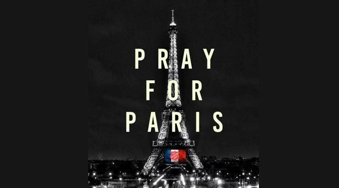 Teror Paris: Selebriti Berduka #PrayForParis Jadi Trending Topic Dunia : Paris dihentak aksi teror pada Jumat (13/11/2015). Insiden penembakan dan pemboman terjadi di beberapa titik di Ibu Kota Perancis tersebut dan mengakibatkan lebih dari