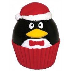 Kerst staat weer voor de deur.Een heerlijke tijd van feestvieren en elkaar presentjes geven. Natuurlijk mag uw hond hierbij niet vergeten worden. Trakteer uw trouwe viervoeter dus op een prachtig cadeau.   De latex Penguin Cupcake ziet er te leuk uit om te laten liggen en is een leuk speeltje om tijdens de feestdagen mee te spelen.