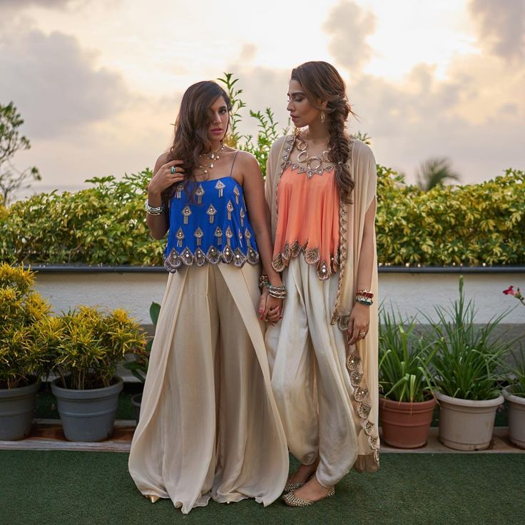 houseofmisuResort Wear with a hint of desi glam , No one does it better than @arpitamehta_am  @gauravsawn @beejlakhani Hair glam @biancabee_notyourbasicstylist #destinationwedding #misubride #misubridesmaid #TheBigMisuWedding #MISUxISHARYA #soulsisters