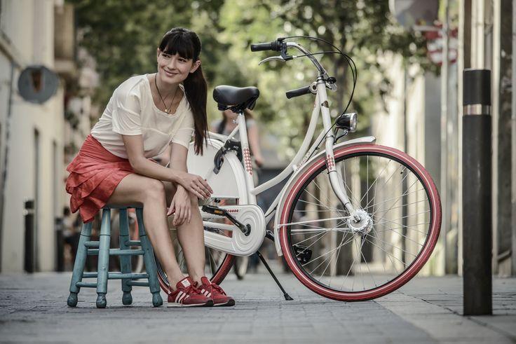#Greens #Classics #Jersey #women #Modell #Barcelona #Spanien #white #red #Shimano #Fahrrad #10Lux #Kettenschutz #Nabenschaltung #3gang #Rücktritt #Trommelbremse #Nostalgierahmen #28Zoll #Reflex #Reifen #AXA #Sicherheitsschloss #Mantelschoner - mehr auf www.greens-bikes.de oder Ihrem #Händler